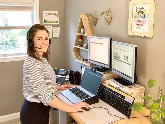 Carolina Elia of Regions' Pensacola Contact Center was able to make a smooth transition to home during the pandemic.